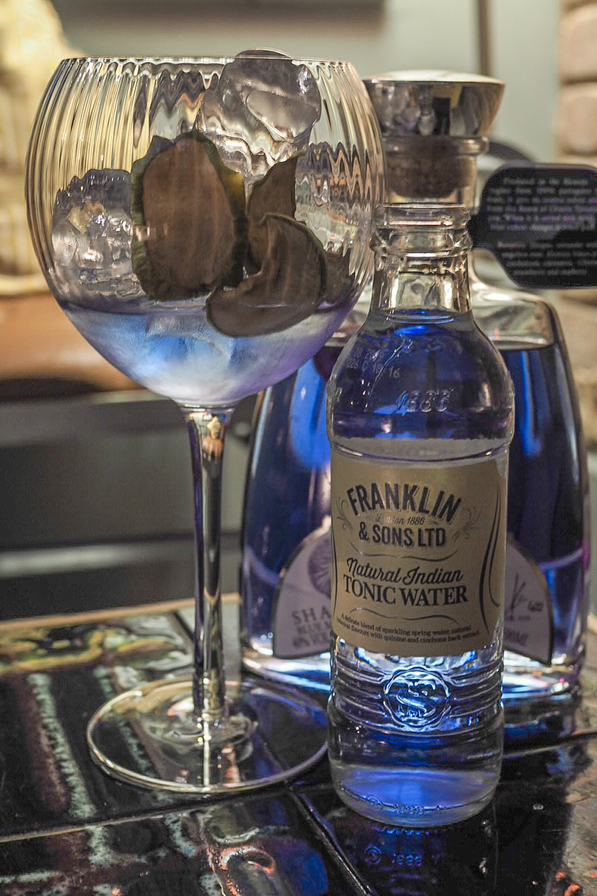 Sharish blue gin with franklin and sons tonic