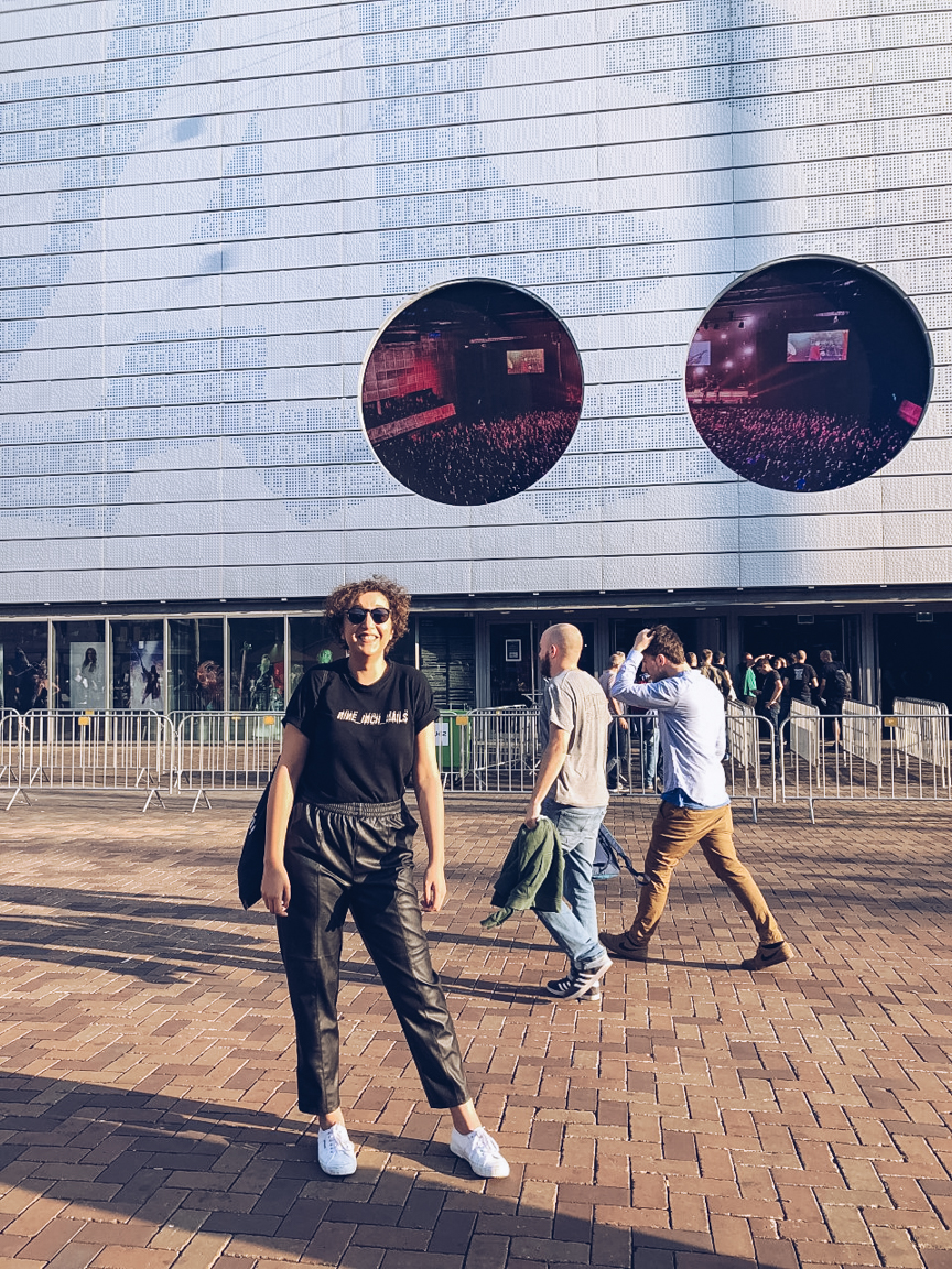 nine inch nails fan outside amsterdam afas arena