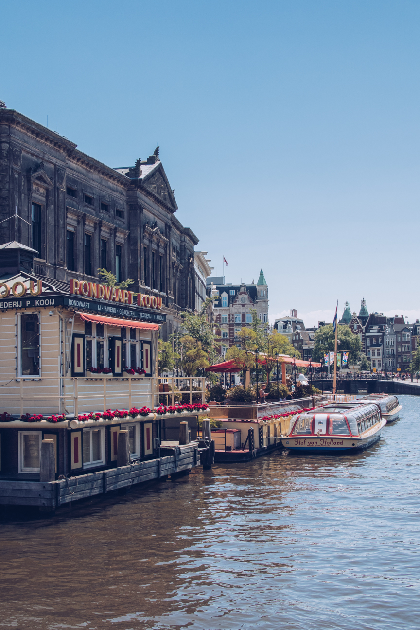 canal boat tours amsterdam