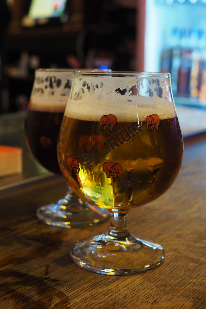 glass of delirium beer