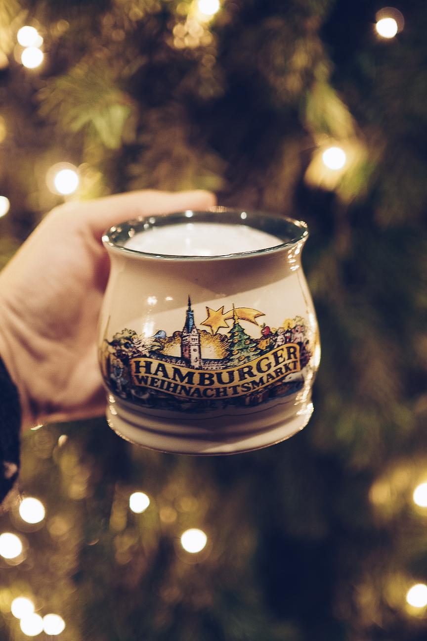hamburg christmas market gluhwein mug