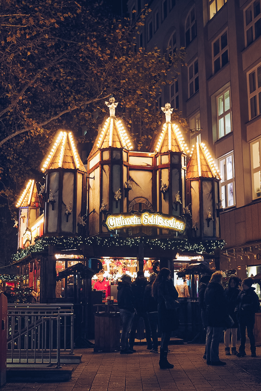 Hamburg Christmas market lit up at night